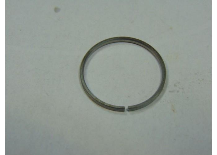 [0006] МР-153 Кольцо поршневое внутреннее